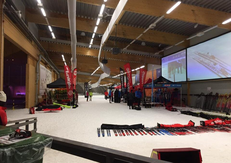 Ski&Bike Nordic på längdskidsträff i Torsby Skidtunnel & Sportcenter med test och informationsuppdatering av det senaste inför vintern