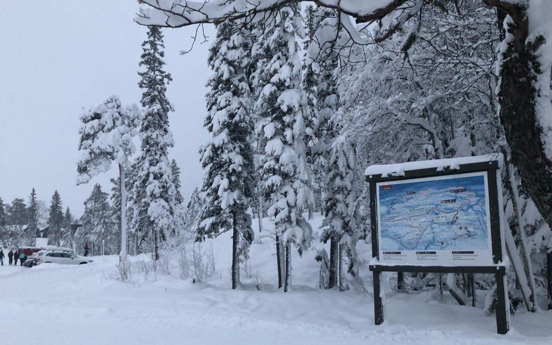 Vallatester i Lindvallens snöklädda skidspår
