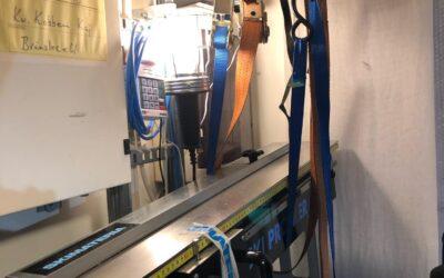 Den nya digitala spannmätaren från Skimateria kommer på plats i vallaboden